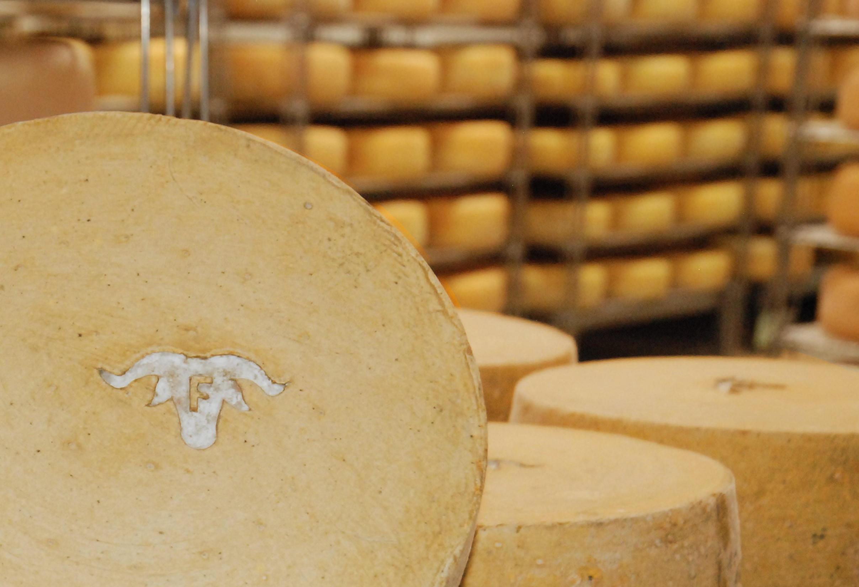 Marque sur fromage de bergers.